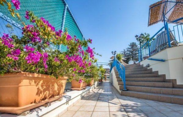 Geniet van de zon op Cyprus!