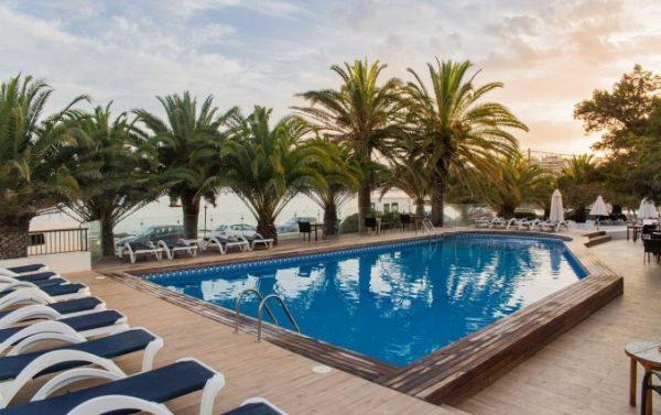 Vier je vakantie op Ibiza!