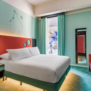 Kleurrijk hotel in Rotterdam!